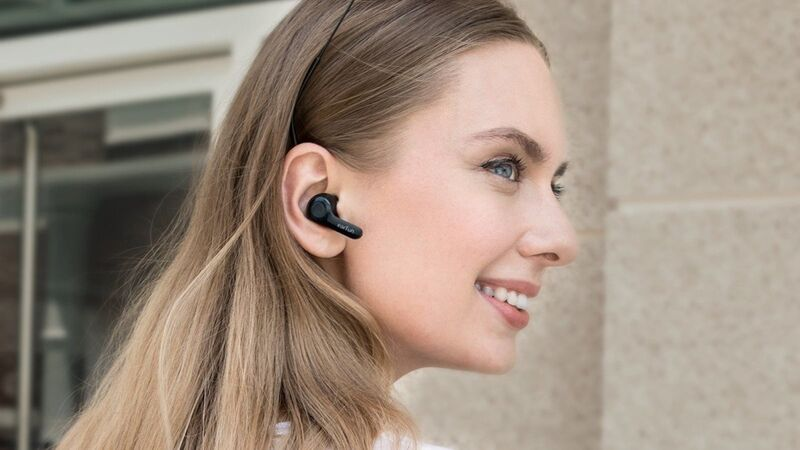 Quad-Microphone Earbuds