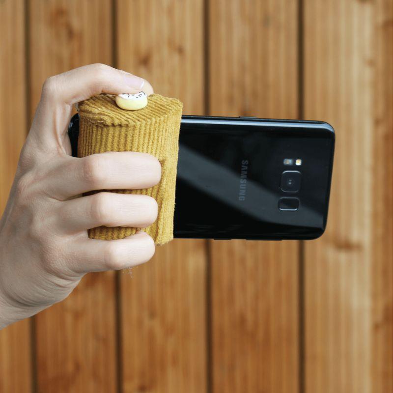 Ergonomic Smartphone Grip