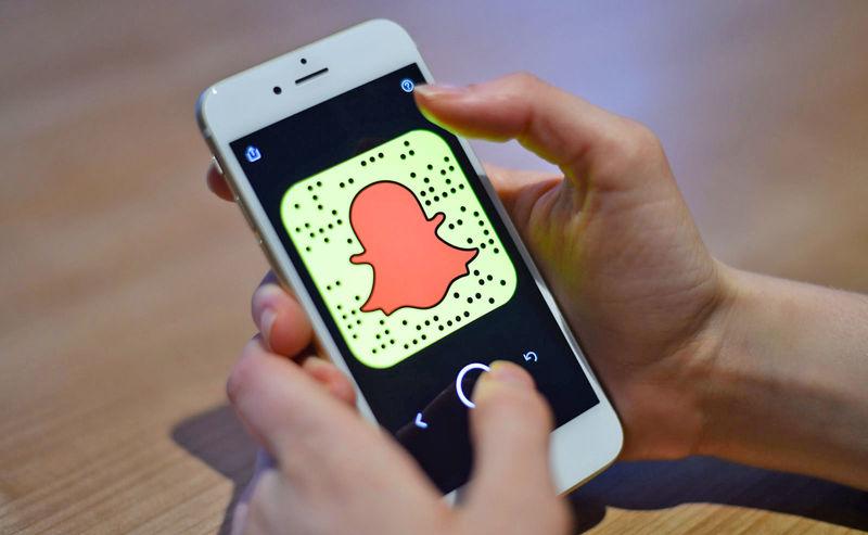 Seamless Social Media Storytelling