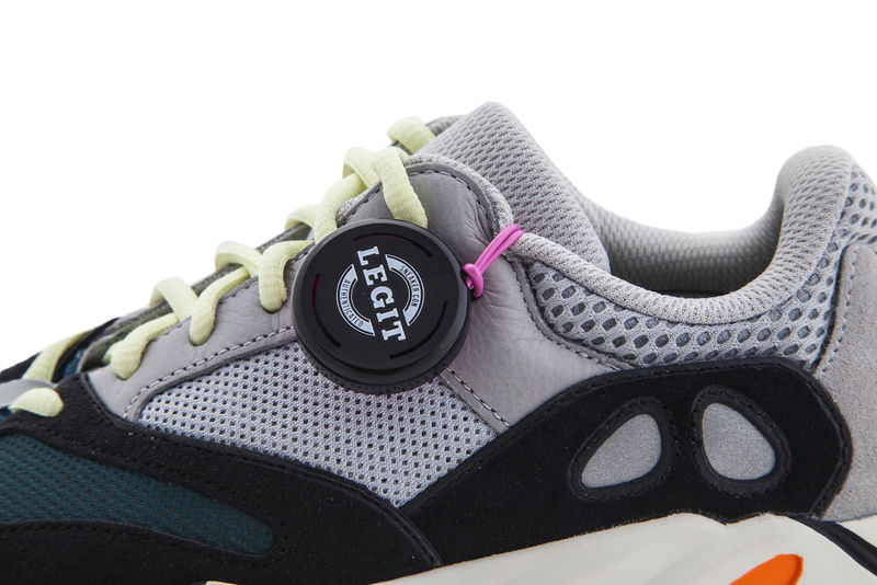 Authenticated Sneaker Tags : sneaker tags