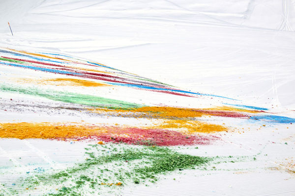 Chromatically Coated Snow Drawings