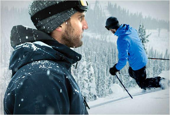 Multifunctional Snowboarding Gear