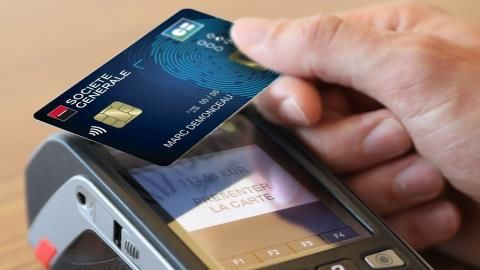 Fingerprint-Activated Contactless Cards