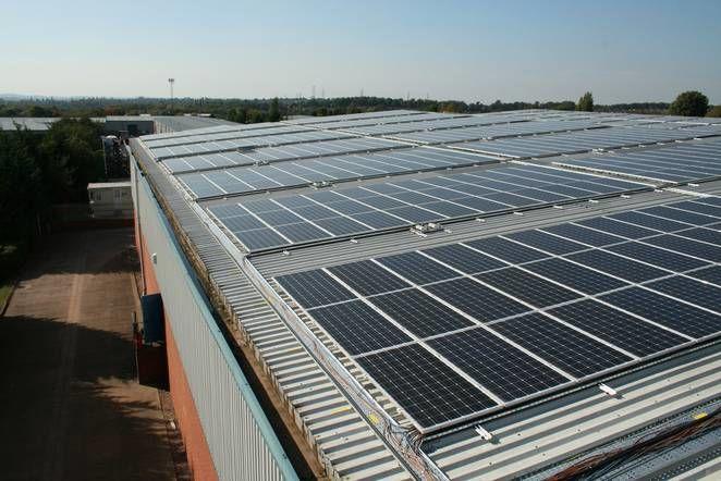 Energy-Efficient Solar Antennas