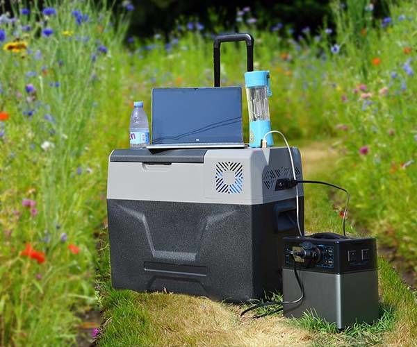 Powered Eco Friendly Coolers Solar Cooler