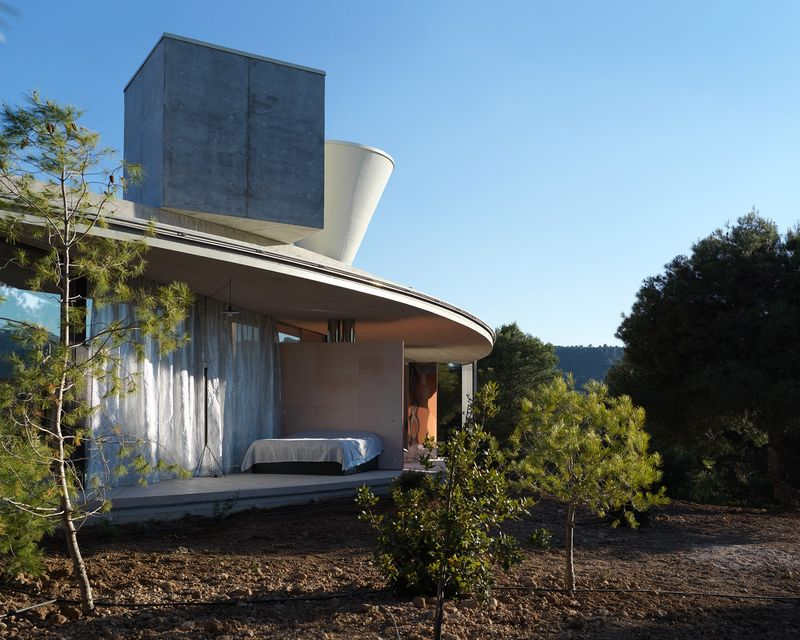 Ringed Off-Grid Residences