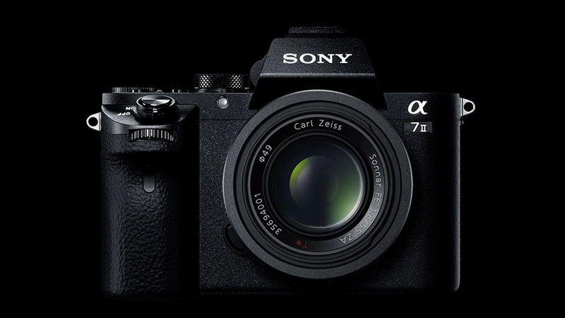 Compact Mirrorless Cameras : Sony A7 II