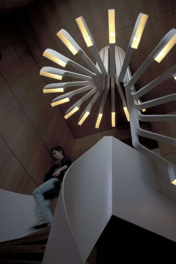 Stairway-Mimicking Lamps