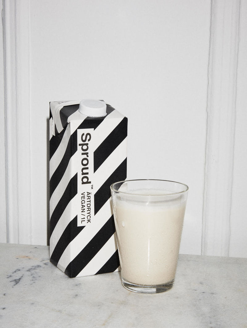 Carbon-Conscious Milk Alternatives