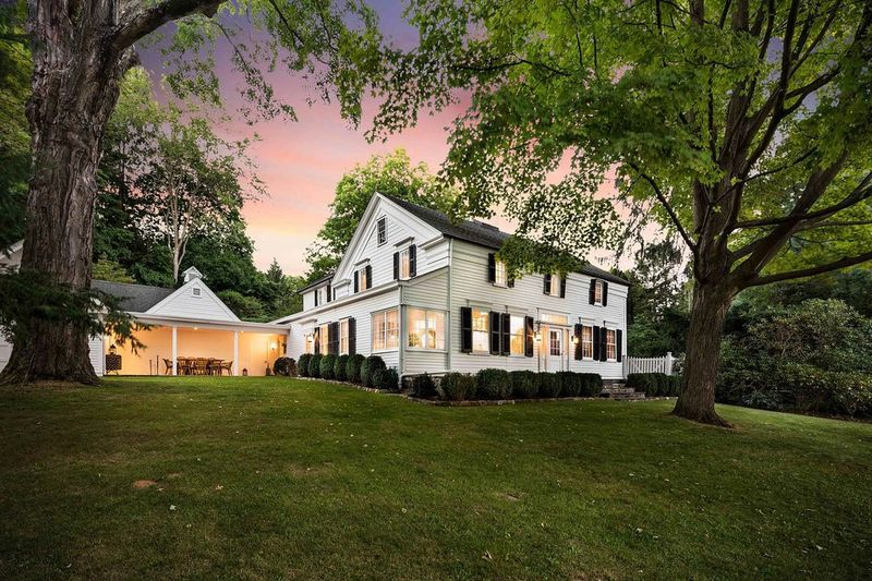 Classic Colonial Mansions