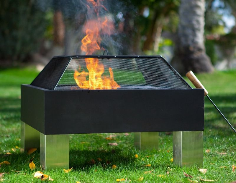 Mod Mirrored Fire Pits