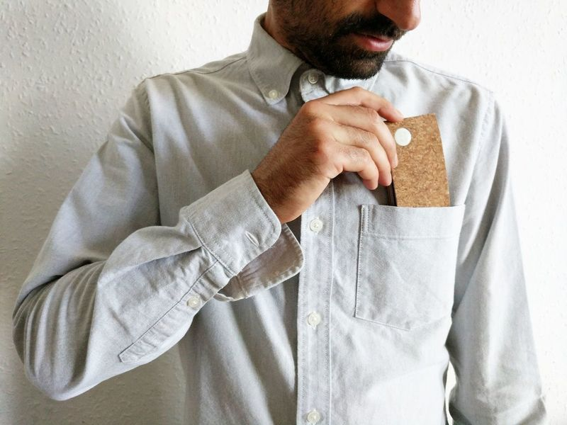Expanding Minimalist Cork Wallets