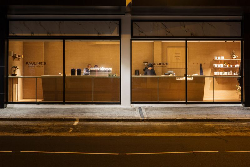 Minimalist Stand-Up Cafes