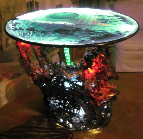 Sci-Fi Weaponry Tables - Sci-Fi Weaponry Tables : Star Wars Coffee Table