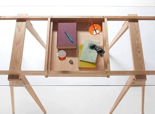 Compartmentalized Stationary Tables