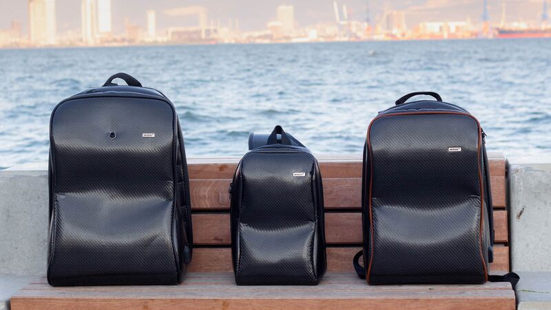 AI-Equipped Smart Bags