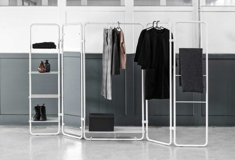 Adaptable Wireframe Wardrobes