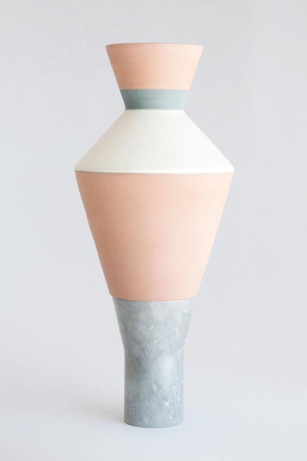 Multifunctional Layered Vases