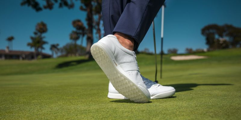 Premium Retro Golf Shoes