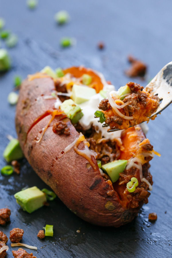 Taco-Stuffed Potatoes