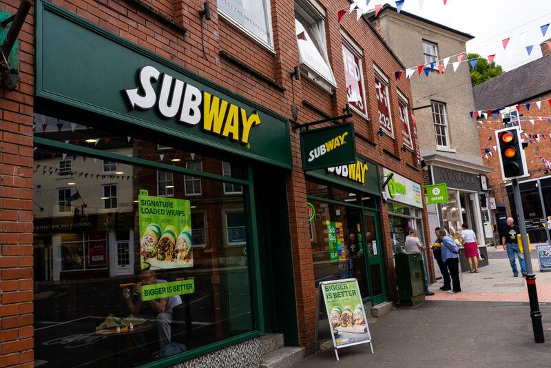 Sandwich Chain Supermarket Expansions