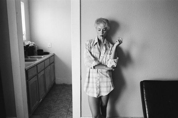 Simplistically Intimate Photo Diaries