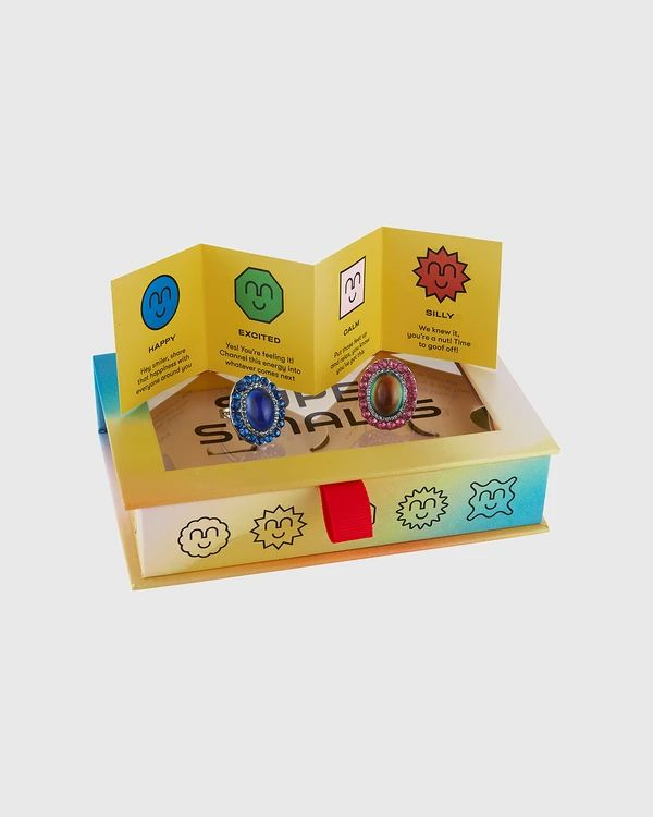 Color-Changing Friendship Rings