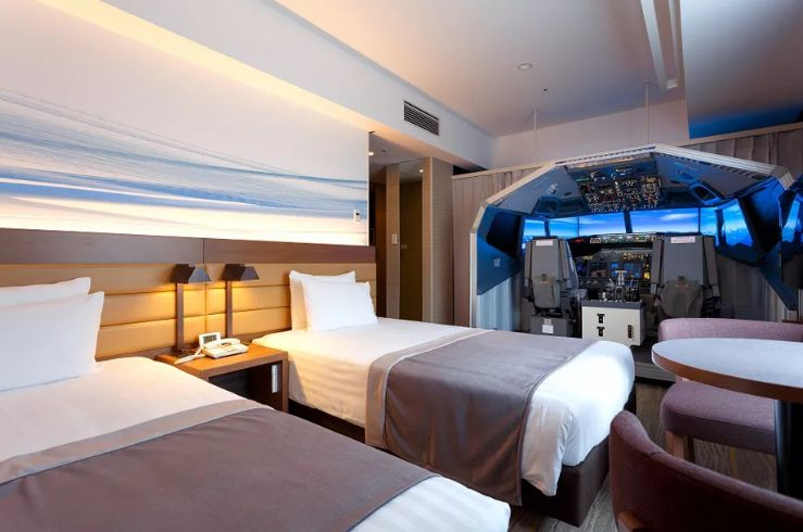 Cockpit-Themed Hotel Rooms