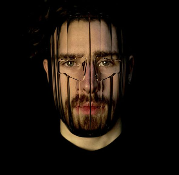 Blurring Anti-Facial Recognition Masks