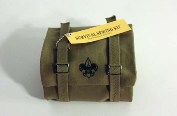 Miniature Haversack Stitching Sets : Survival Sewing Kit