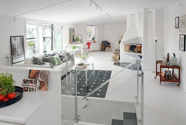 Expansive modernistic attics swedish apartment for Interieur suedois