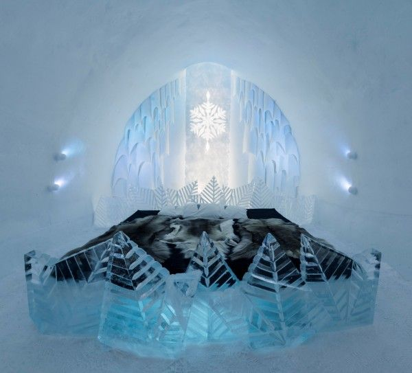 Customized Ice Hotel Rooms