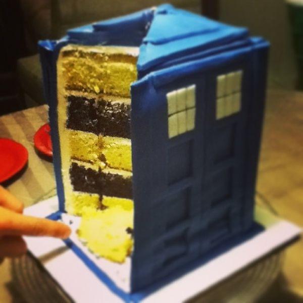 Time Machine Wedding Cakes Tardis Cake
