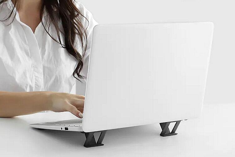 Pop-Up Laptop Stands