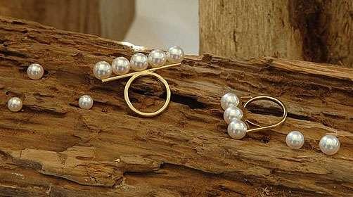 Posh Pearl Rings