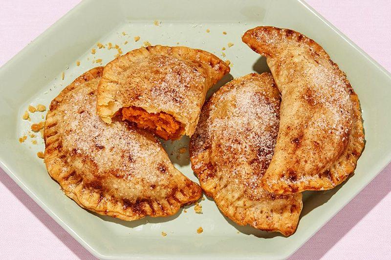 Panzerotti-Style Pumpkin Pies