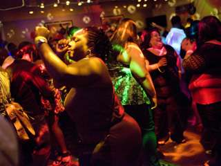 Plus Sized Nightclubs The Butterfly Lounge Caters To