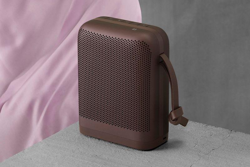 Sleek Seasonal Tonal Speakers