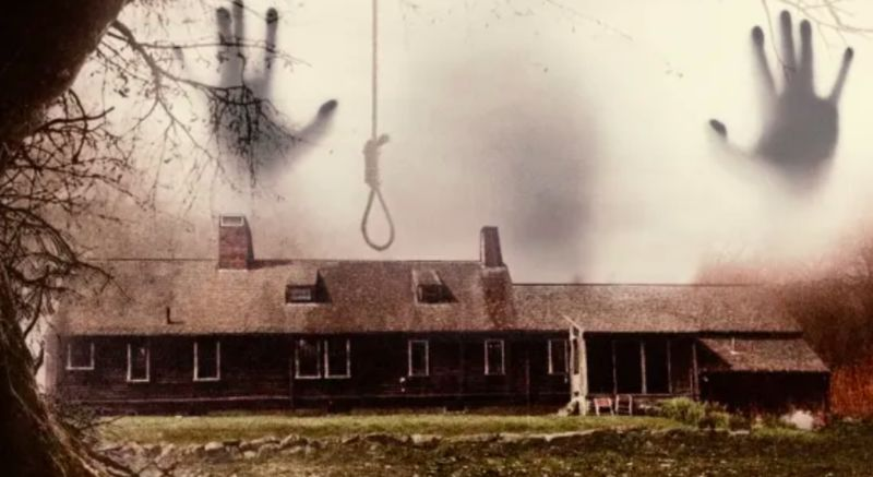 Live-Streamed Horror Houses