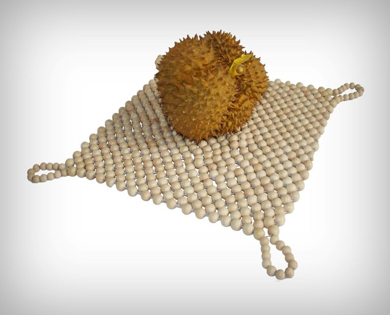 Durian-Carrying Totes