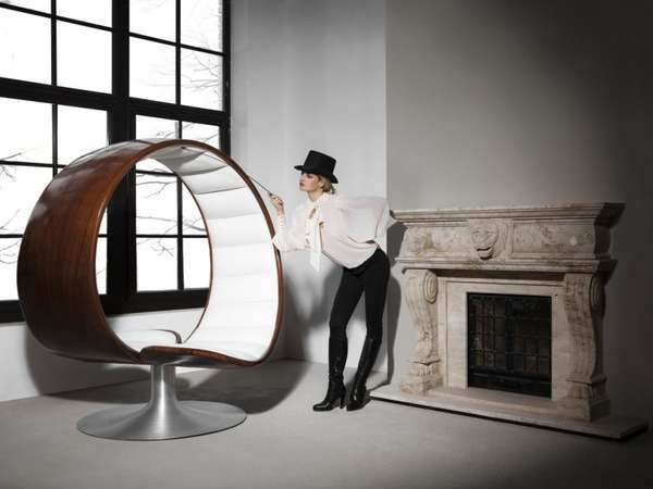 Intimate Spherical Seats