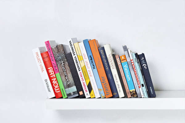 Free Standing Paperback Shelves : The Invisible Bookends