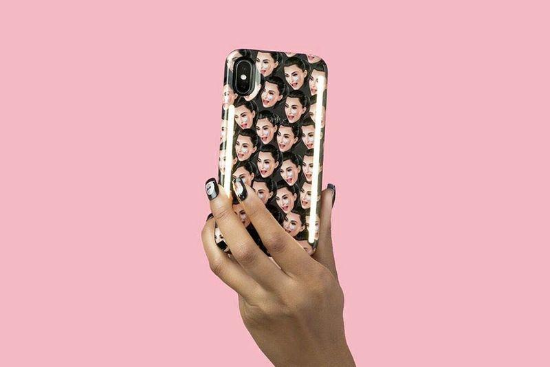 Selfie-Friendly Socialite Phone Cases