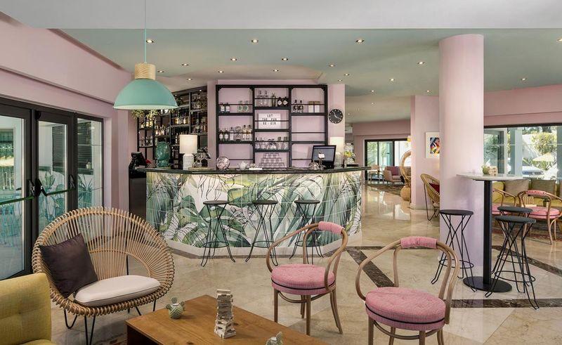Pastel Themed Retro Hotels The Magnolia Hotel
