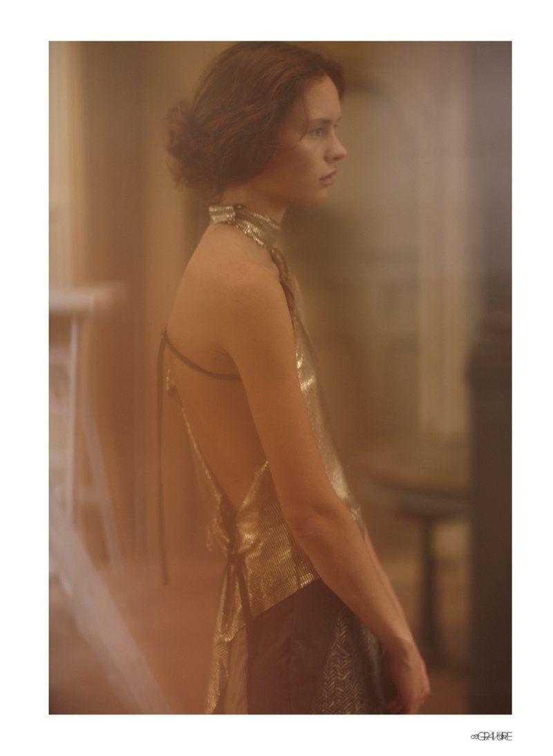 Gilded Goddess Pictorials