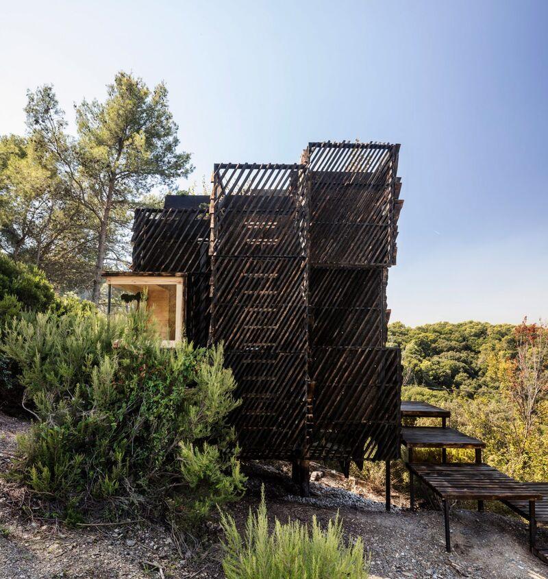 Sustainably Made Quarantine Cabins