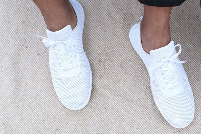 Bendable Minimalist Sneakers