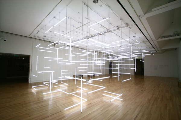 Geometric Light Labyrinths