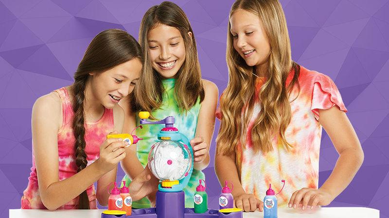 Mess-Free Tie Dye Toys