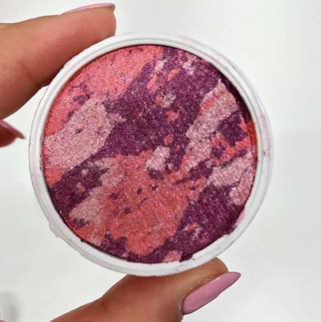 Tie-Dye Makeup Compacts